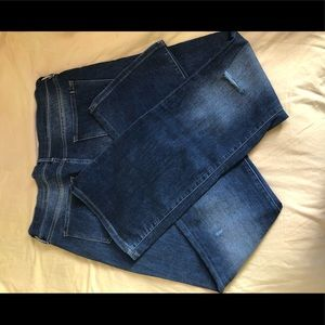 New destroyed jeans without tag